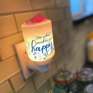 Makes You Happy Scentsy Plug In Warmer