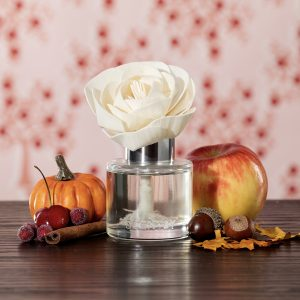 Scentsy Toasted Acorn & Oak Buttercup Belle Fragrance Flower